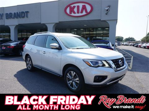 Pre-Owned 2019 Nissan Pathfinder SL With Navigation